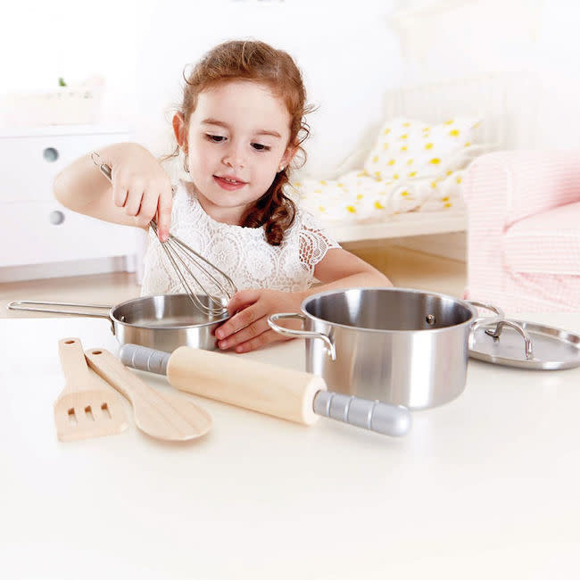 Hape Toys hape toys chef's cooking set