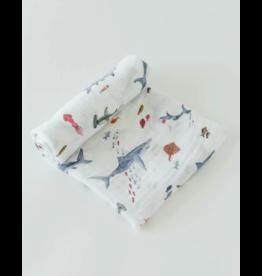 Little Unicorn little unicorn cotton muslin swaddle blanket - shark