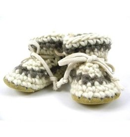 Padraig Cottage padraig cottage youth slippers - cream stripe