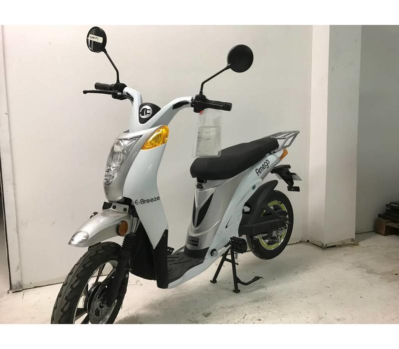 Rental Amego e-Breeze, Lithium 48V14Ah