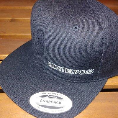 KINETIK HAT BLACK