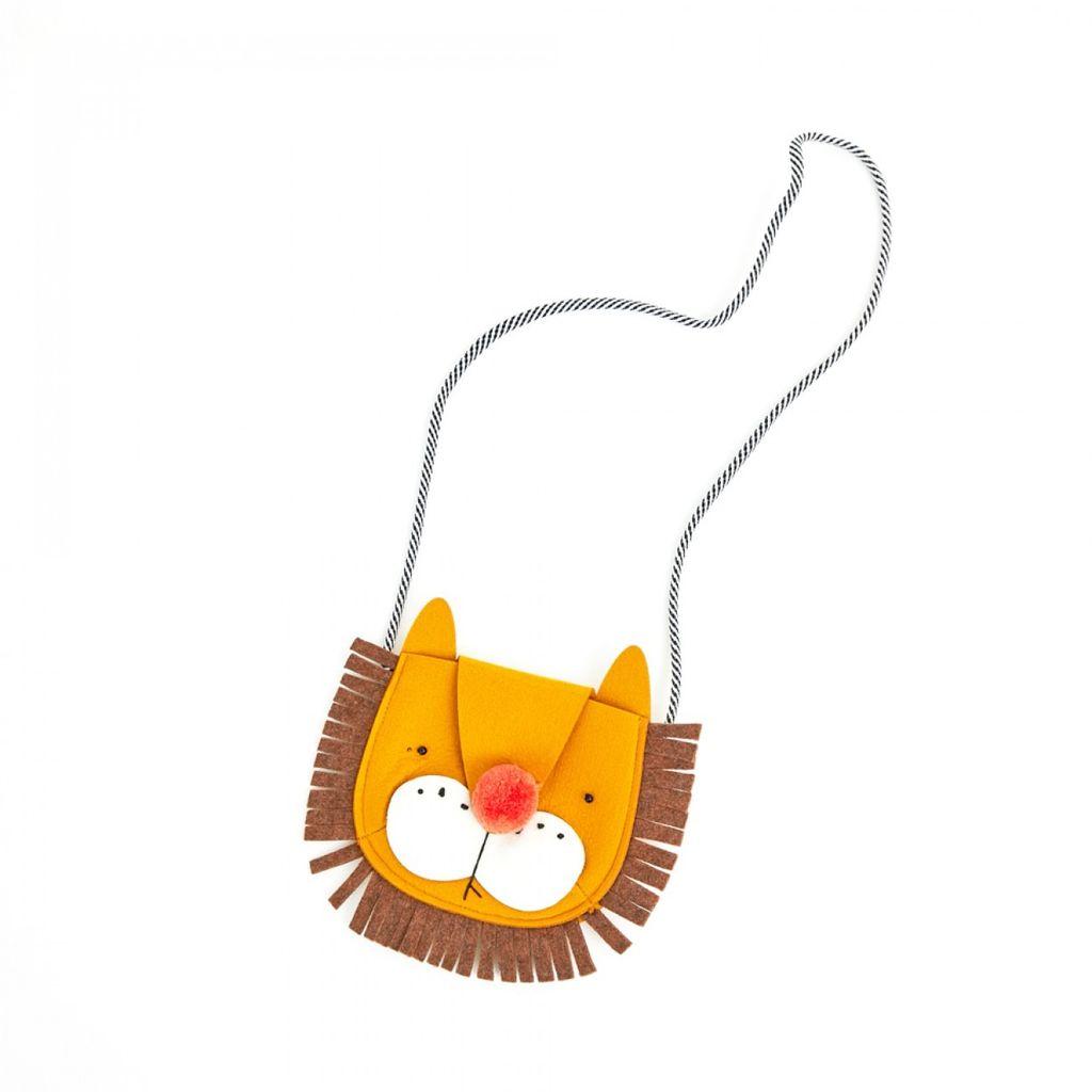 Petite Hailey Petite Hailey Lion Crossbody Bag