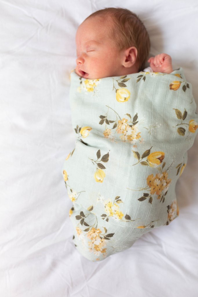 Loulou Lollipop Loulou Lollipop Wild Rose Muslin Swaddle
