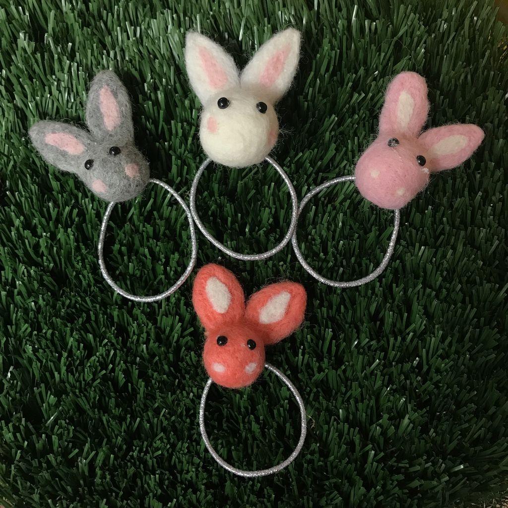 Petite Hailey Petite Hailey Bunny Wool Hair Tie