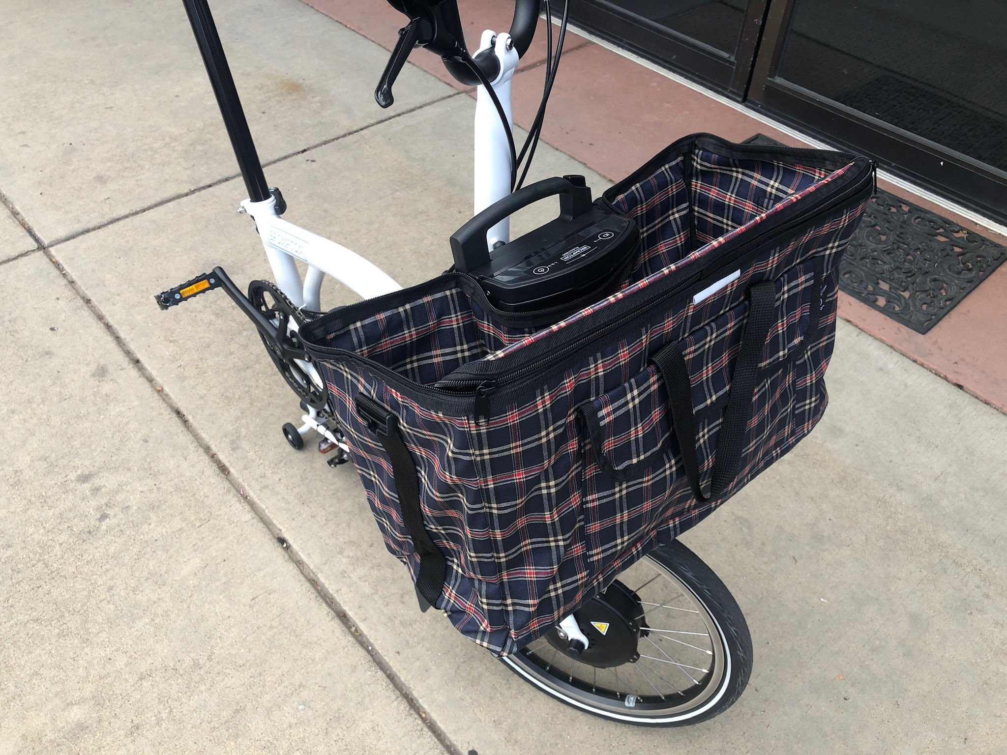 Valeria's Bike Accessories Valéria Shopping Basket for Brompton Electric
