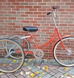 """joannou 17"""" Joannou Adult Tricycle Orange"""