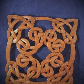 OMEN Celtic Square Witch Knot Wall Hanging in Mahogany