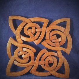 OMEN Celtic Square Knot Wall Hanging in Mahogany