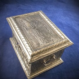 OMEN Silver Leather Tarot Box with The Hermit