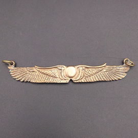 OMEN Winged Disk Choker in Bronze