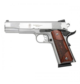 SMITH & WESSON SMITH & WESSON SW1911 E SERIES 45 AUTO PISTOL
