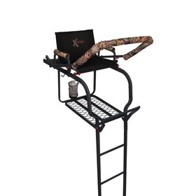 THE DUKE SINGLE PERSON LADDER STAND TREESTAND