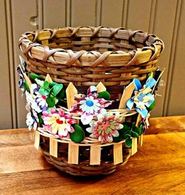 Woven Designs Flowers on the fence basket pattern
