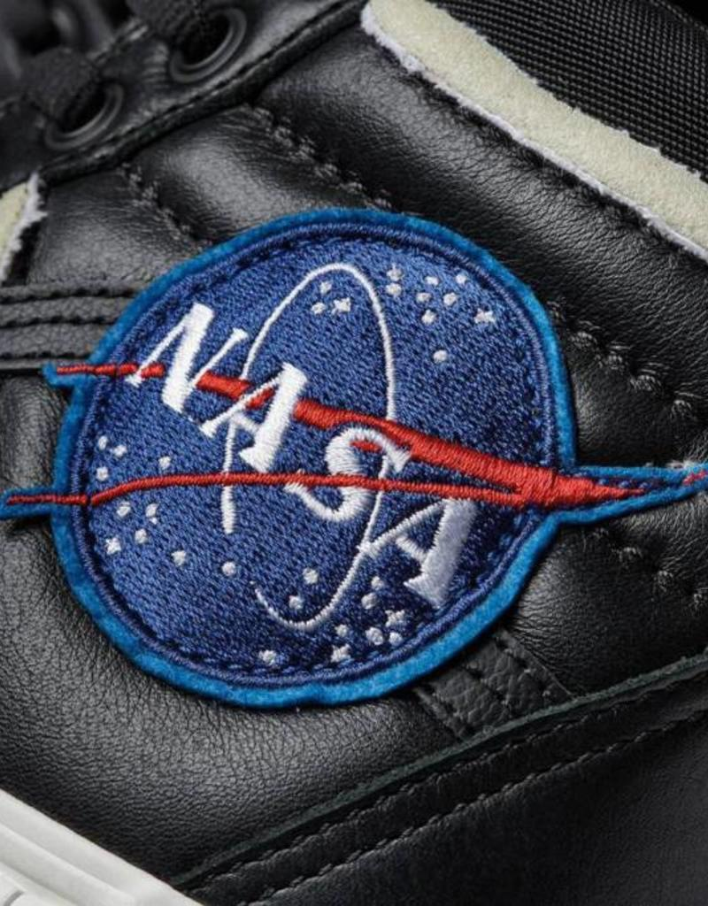 "Vans Nasa x Vans Sk8-Hi46 MTE DX ""Space Voyager"" Black (VN0A3DQ5UQ3)"