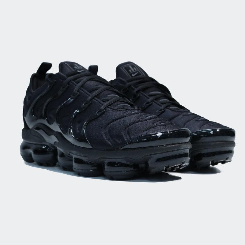Nike Nike Vapormax Plus 'Triple Black' 924453 004