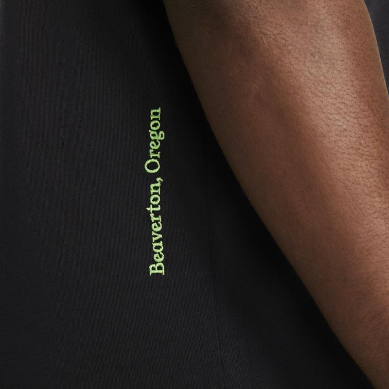 Nike Nike Men's World Tour Tee Black/White DA0937 010