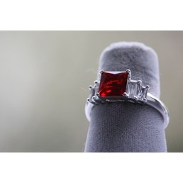 Jewelry & Adornments Ring, Red & Clear CZ in silver, sz.8