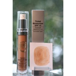 Skin Care Tinted Oil Free Moisturizer, Touch of Radiance SPF 15