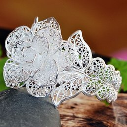 Jewelry & Adornments Tibetan Silver Rose Shape Openwork Bracelet