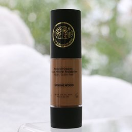Cosmetics Natural, Organic Liquid Mineral Foundation - Sandalwood - <br />