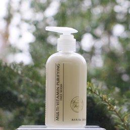 Skin Care Multi-Vitamin Purifying Face Wash, pump 8.5 fl.oz.<br />Undernourished