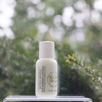 Skin Care Ultra-Gentle Cleansing Lotion 1 fl.oz. ~ 5 day-trial size<br />Sensitive   Slightly Dry   Normal