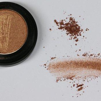 Cosmetics Oyster Pearl Dry Pressed Powder Eye Shadow (37), .053 oz