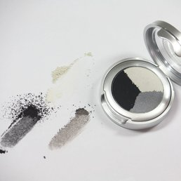 Cosmetics *Eclipse Dry Pressed Powder Eye Shadow Trio<br />