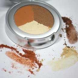 Cosmetics *Sunset Dry Pressed Powder Eye Shadow Trio<br />