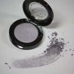 Cosmetics *French Lilac Polychromatic Dry Pressed Powder Eye Shadow, .07 oz<br />Discontinued item - last stock available