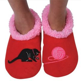 Snoozie Splitz Cat & Yarn Red