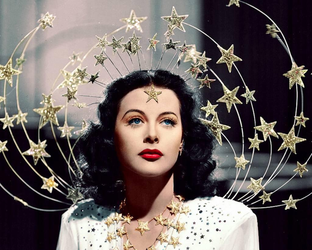 Vintage Halloween Look: Ziegfeld Folly