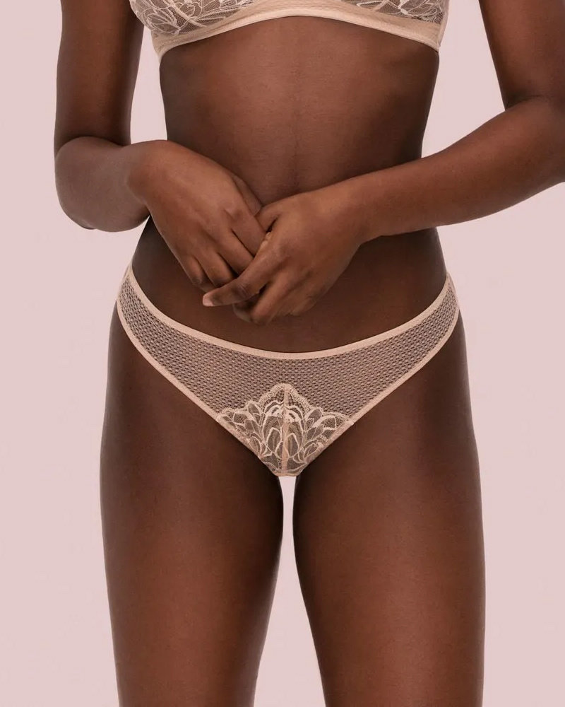 Noelle Wolf Soul Lace Thong