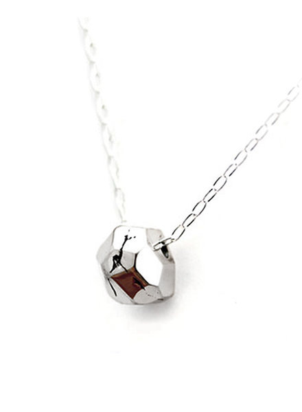 Upper Metal Class Silver Im-Perfect Facet Necklace