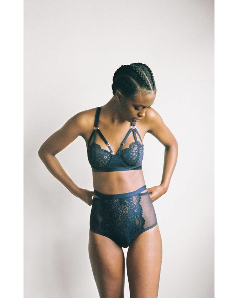 Lonely Lulu High Waisted Brief