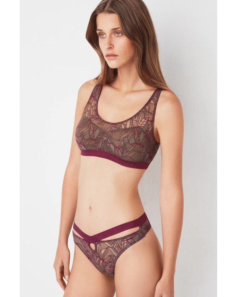 Else Bohemian Thong with Cross Front