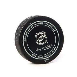 Club De Hockey Game Used Puck February 3 2019 Vs. Oilers