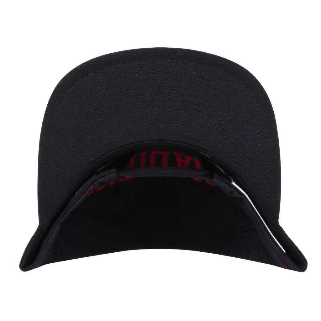 Mitchell & Ness Nylon Ch Hat