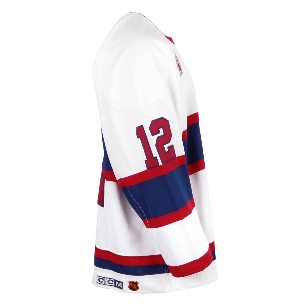 Club De Hockey Vintage White Jersey Signed On Logo By Yvan Cournoyer
