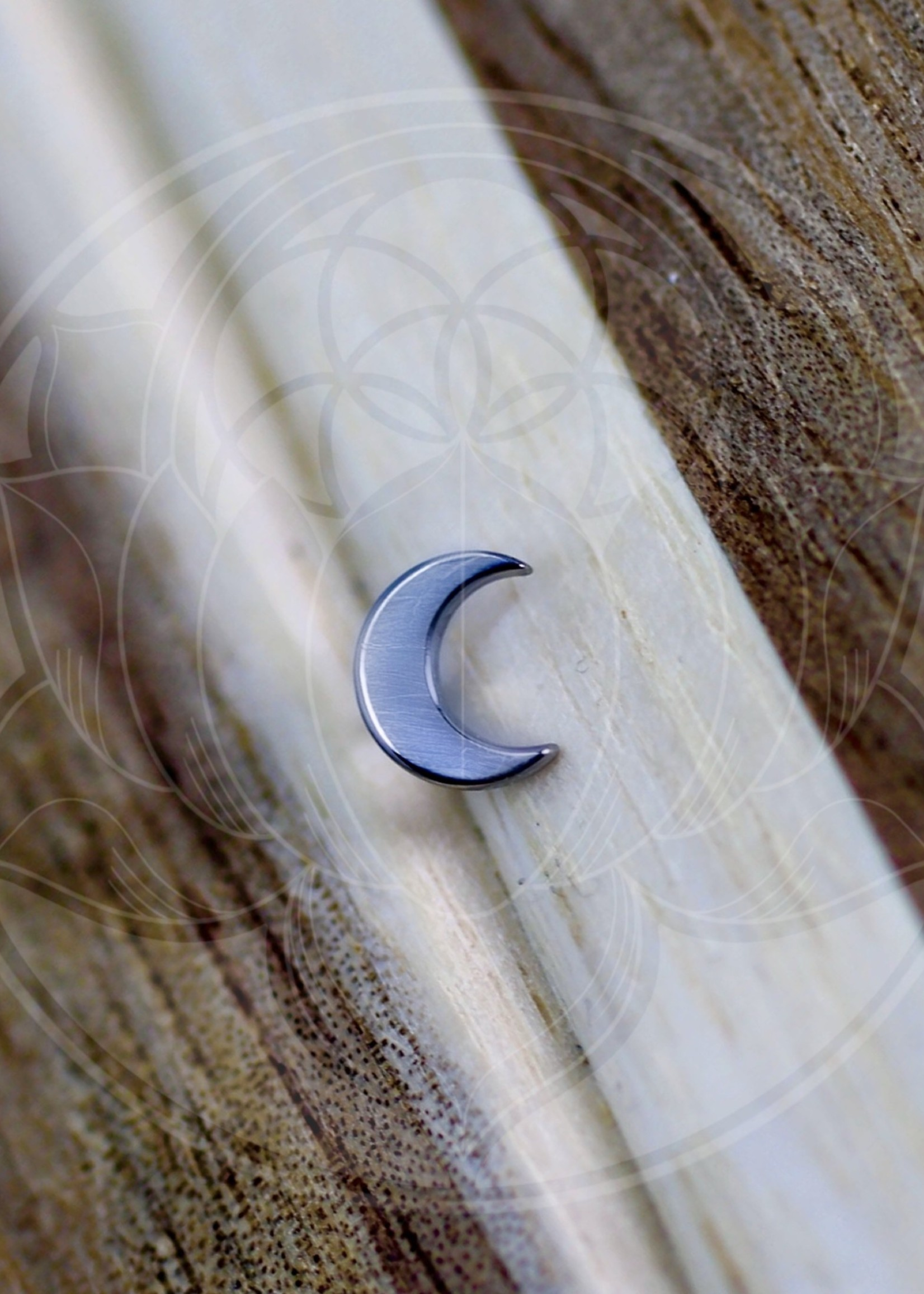 Ti Crescent Moon (5mm) Threadless Pin