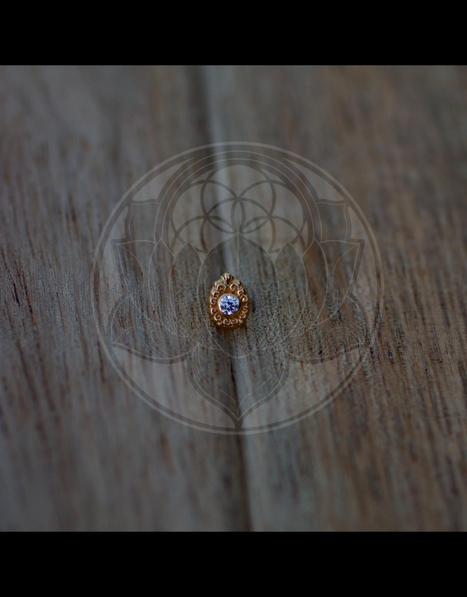 14k YG Elegance Filagree Pear (2mm Bezel) 6mm Threadless Pin