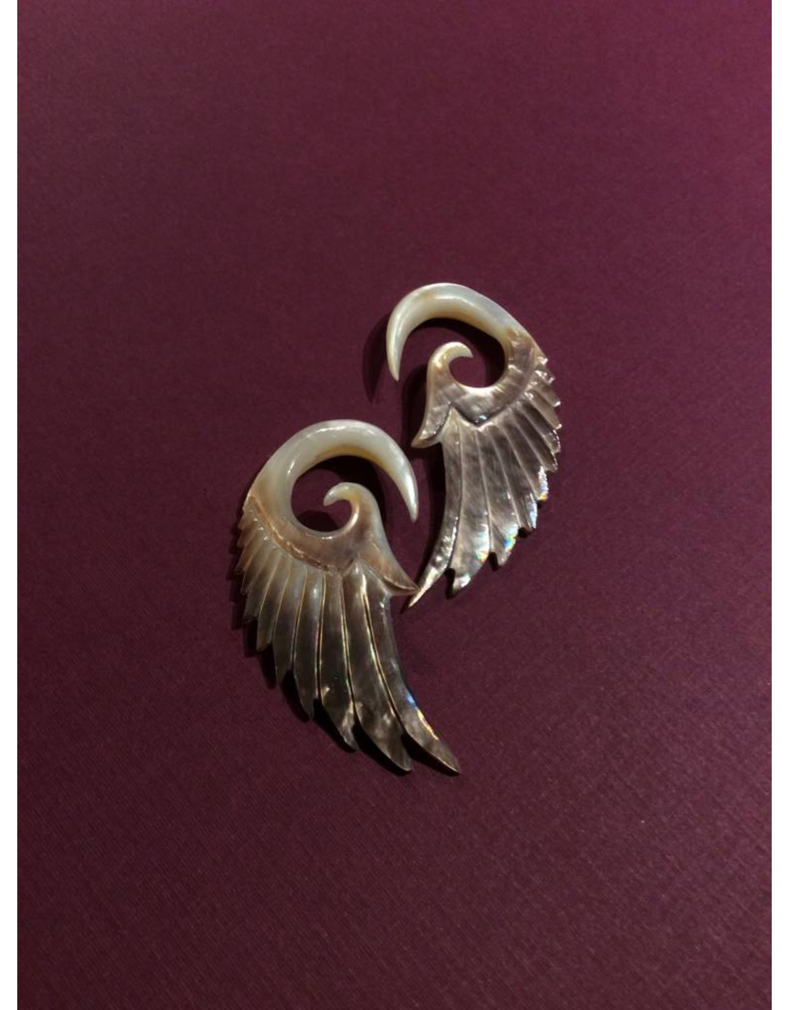 0g Shell Wing Hangers