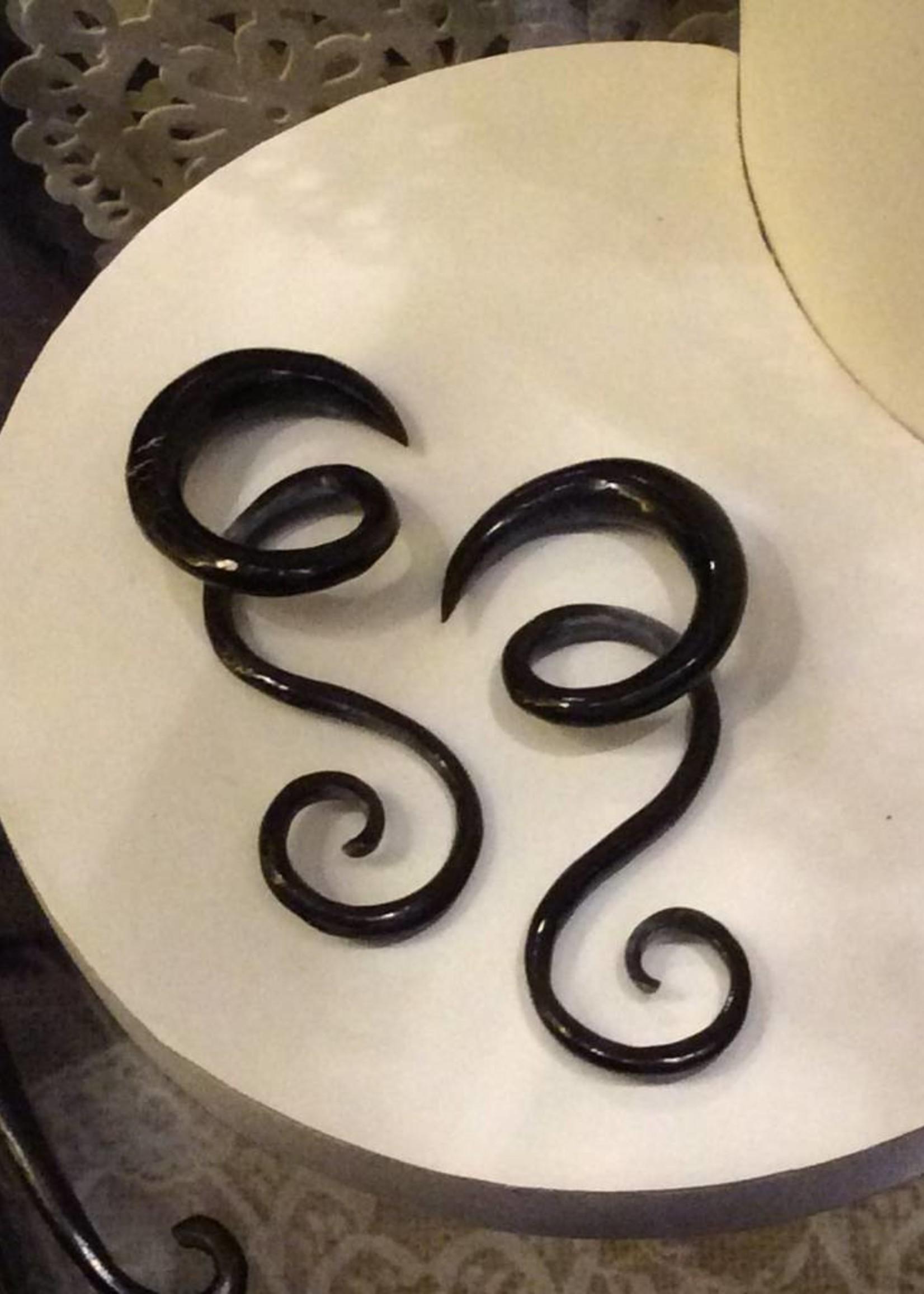 2g Horn Twist Swirl Hangers