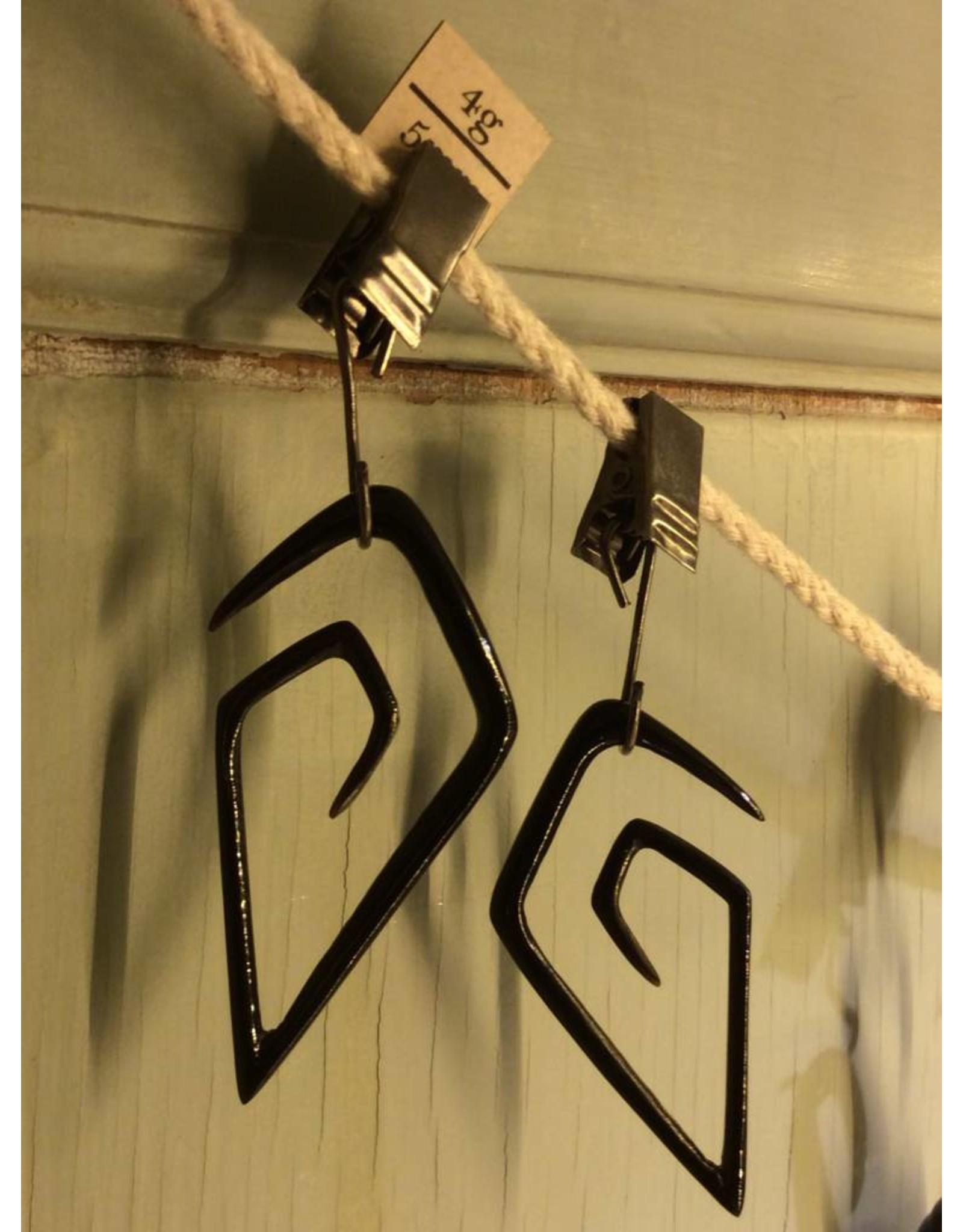 4g Horn Diamond Spiral Hangers