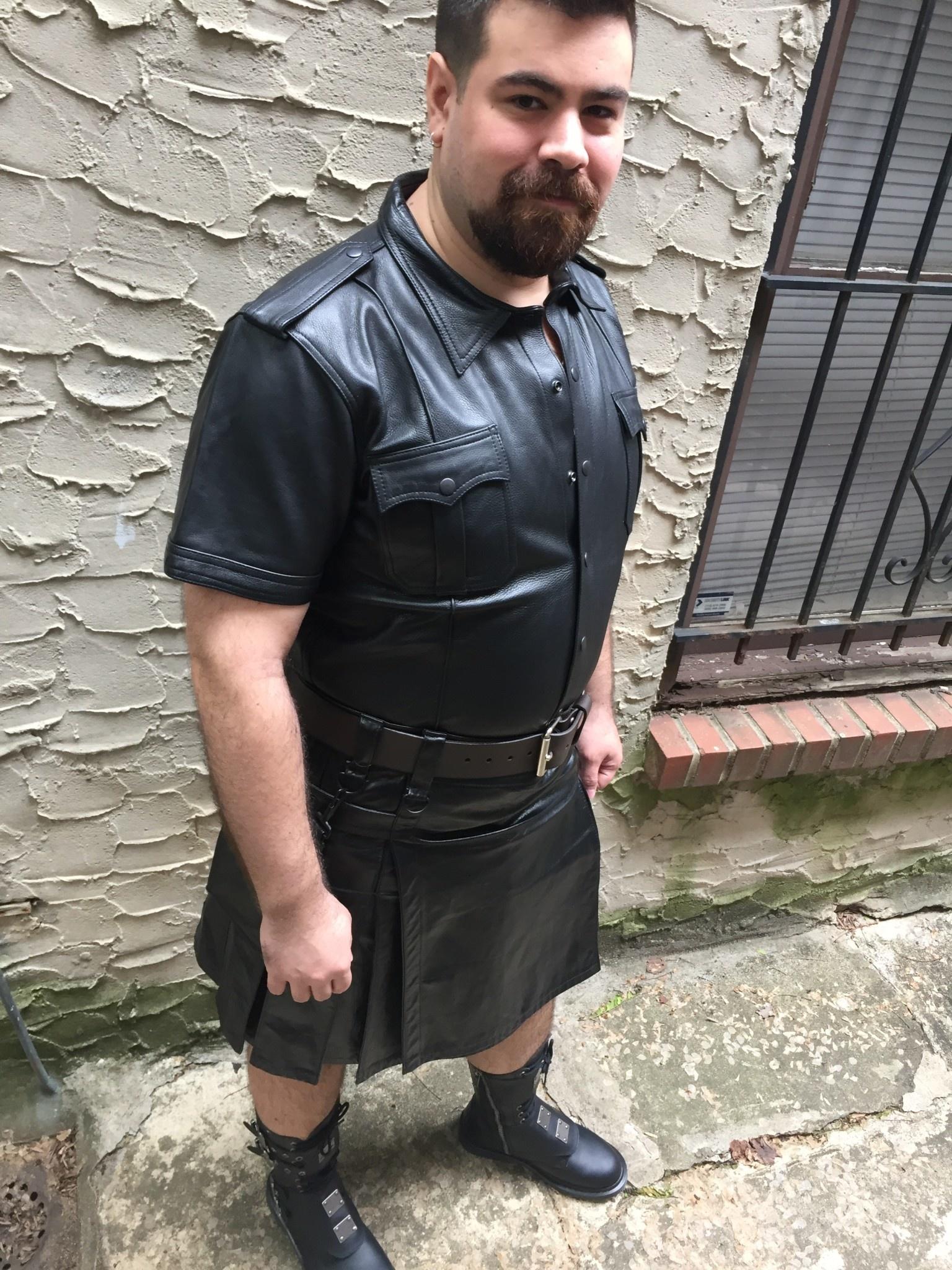 PASSIONAL Cowhide Heritage Kilt w/ Box Pleats