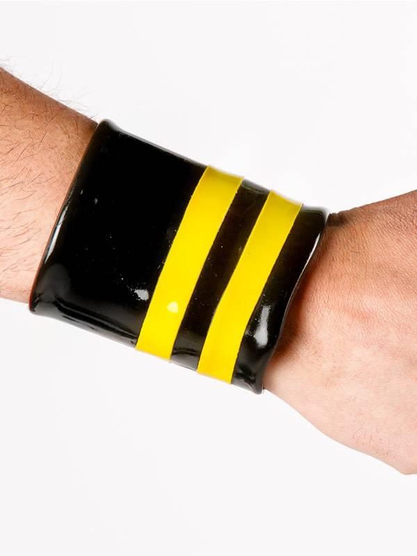 Polymorphe Latex Wrist Wallet W/Piping