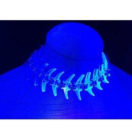 Electric Spine Choker