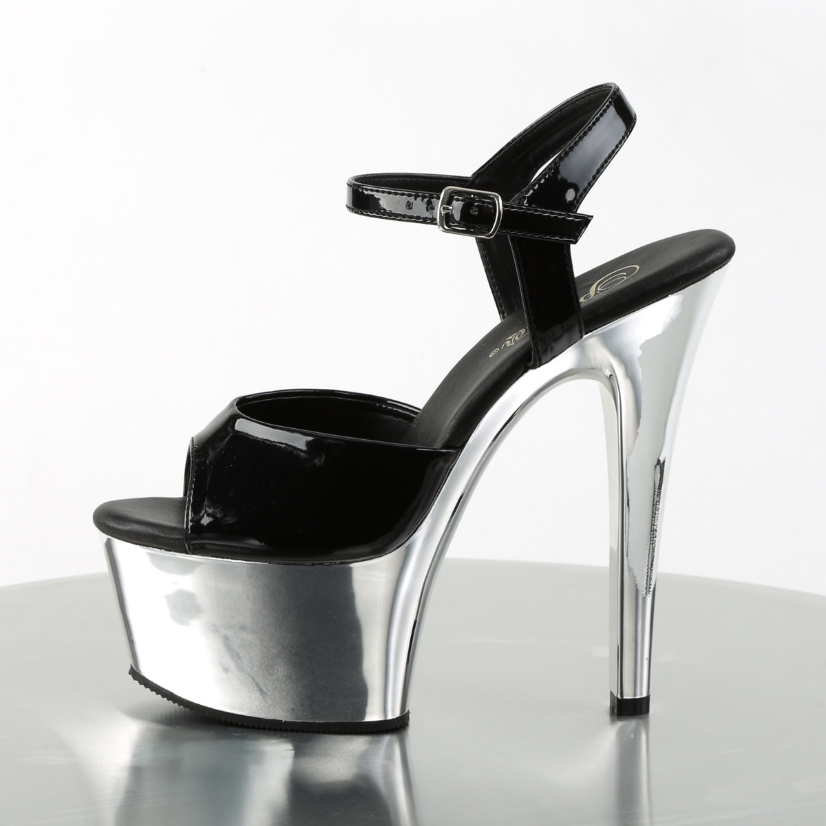 "6"" Aspire Platform Sandal"