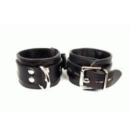 Aslan Jaguar Cuffs