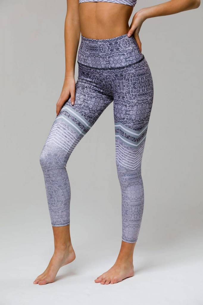 Onzie Onzie High Rise Midi Legging Graph Chevron
